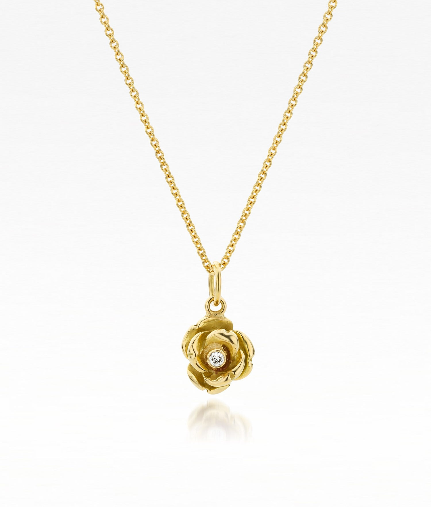 Image of roosje in goud en diamant - golden pendant 'queen of roses' with diamond