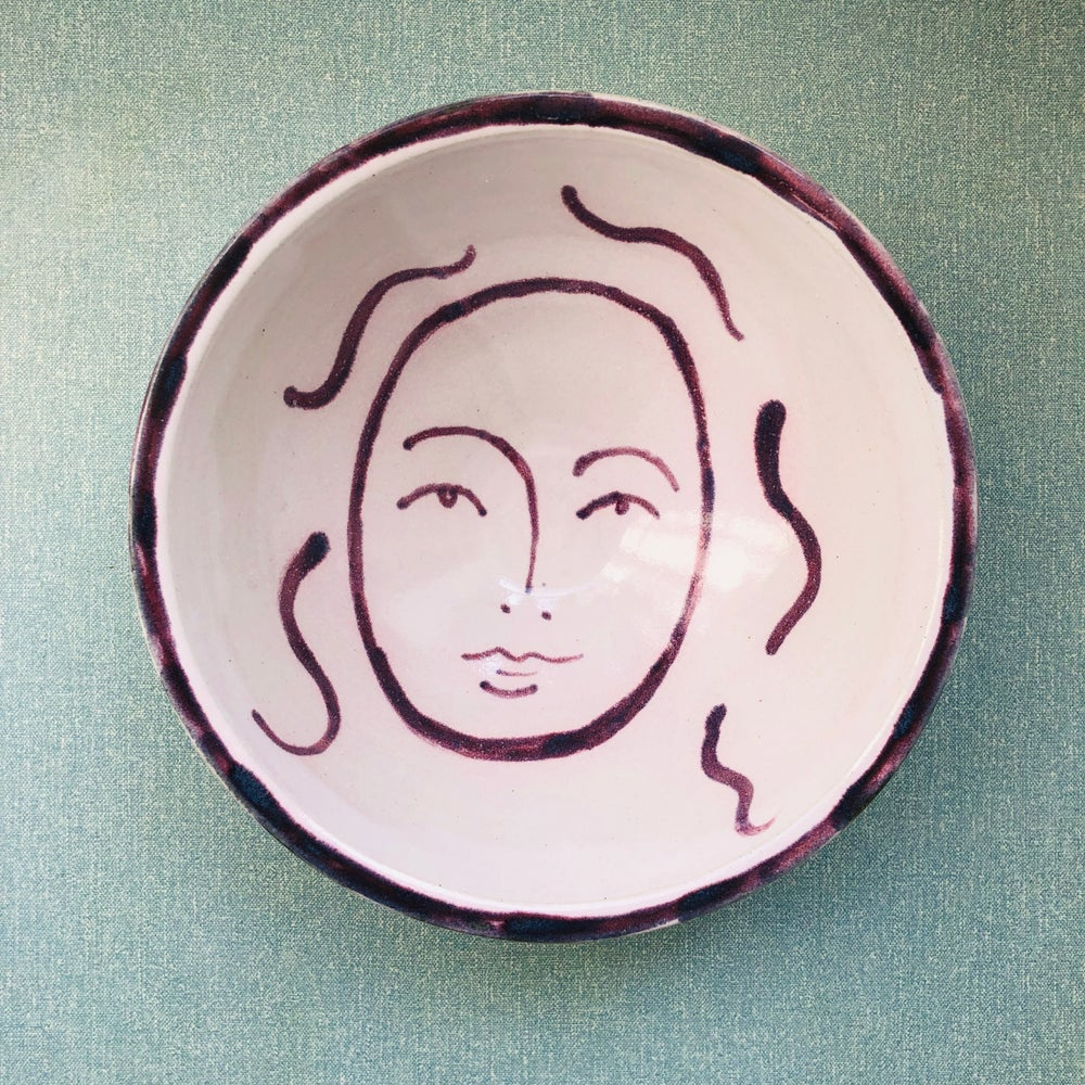 Image of Long Hair Face Bowl