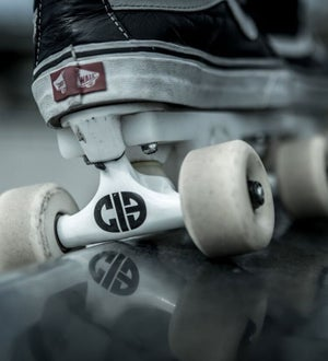 Image of Chicks In Bowls Grind Trucks