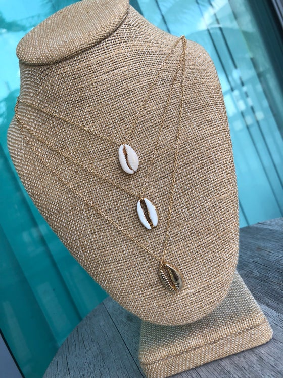 Image of Shell layered necklace