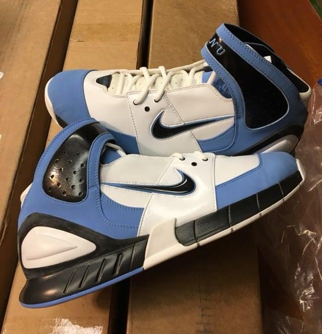 "detailing 2b68c de4bf Manu Ginobili Nike Player Exclusive Olympic ""Argentina ..."