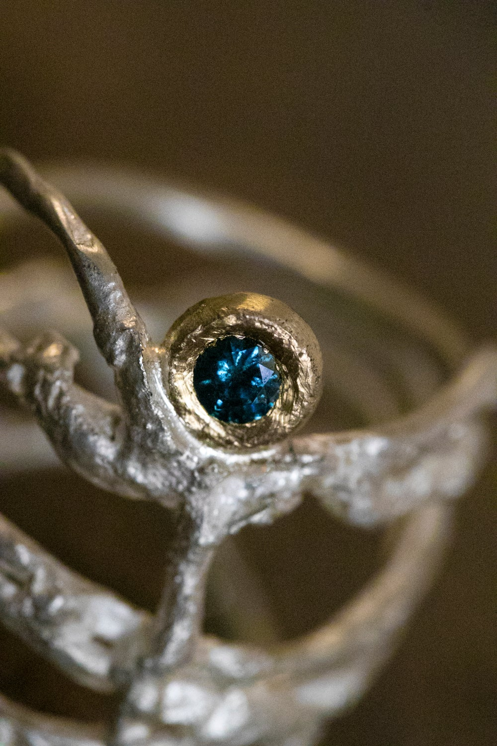 Image of 'Nestle Blue' | Recycled Silver and 9ct Gold with Blue Diamond – Size P