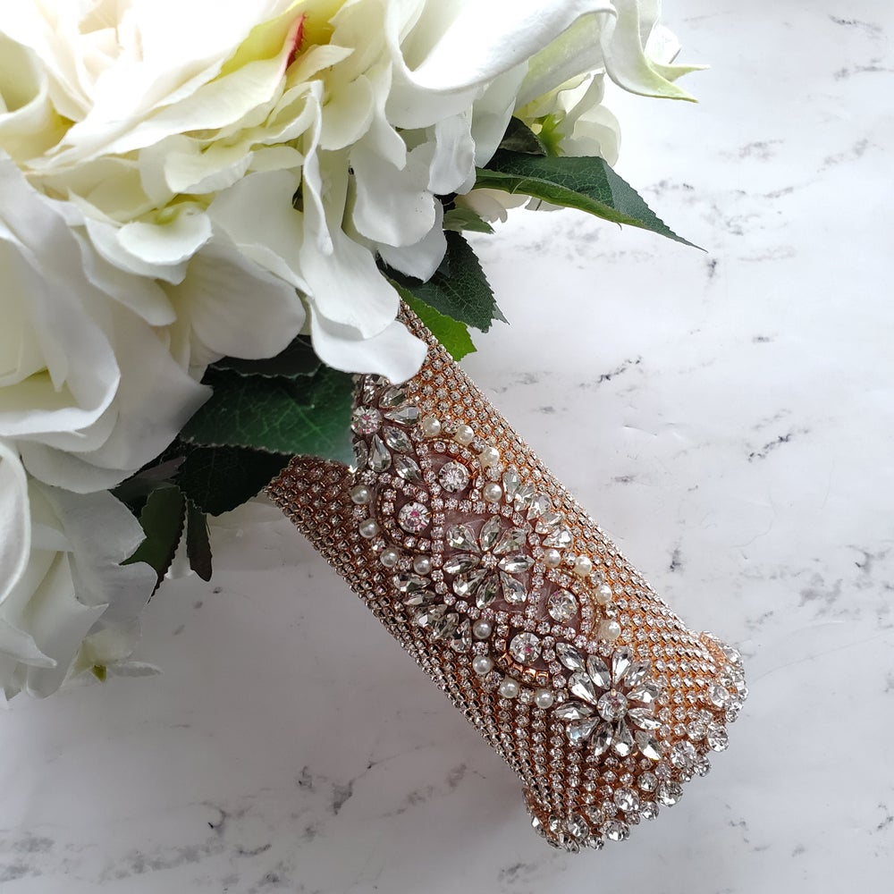 "Image of ""Kathleen"" Bouquet Holder"