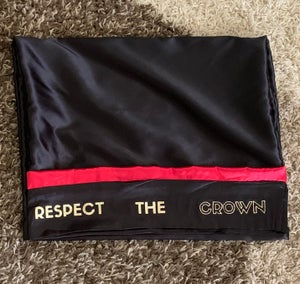 "Image of ""Respect The Crown"" Black & Red pillowcase"