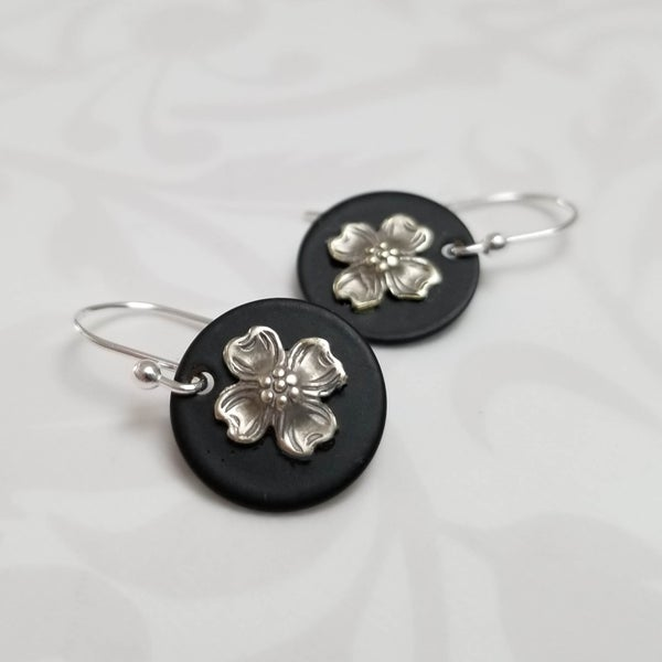 Image of Dogwood Disc Earrings