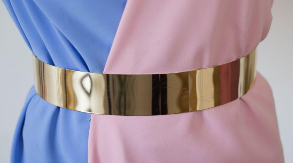 Image of Cinturón metálico rígido