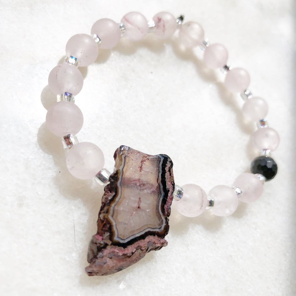 Image of Grounding into Heart Healing (Sliced Agate Geode, Matte Rose Quartz and Onyx