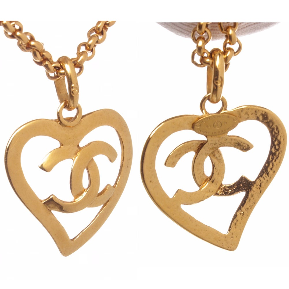 Image of Chanel Gold Chain Link CC Heart Drop Pendant Vintage Necklace 95P
