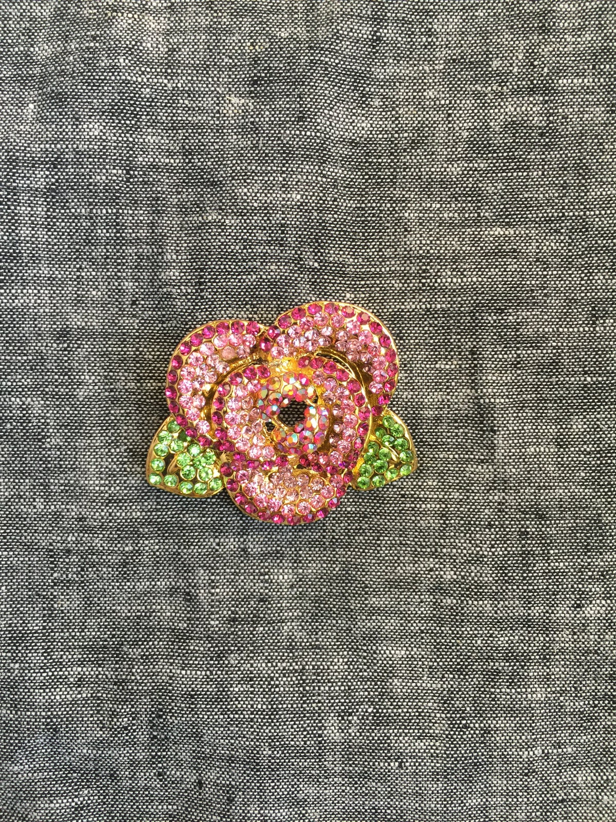 Image of Bright Flower Brooch (pink)