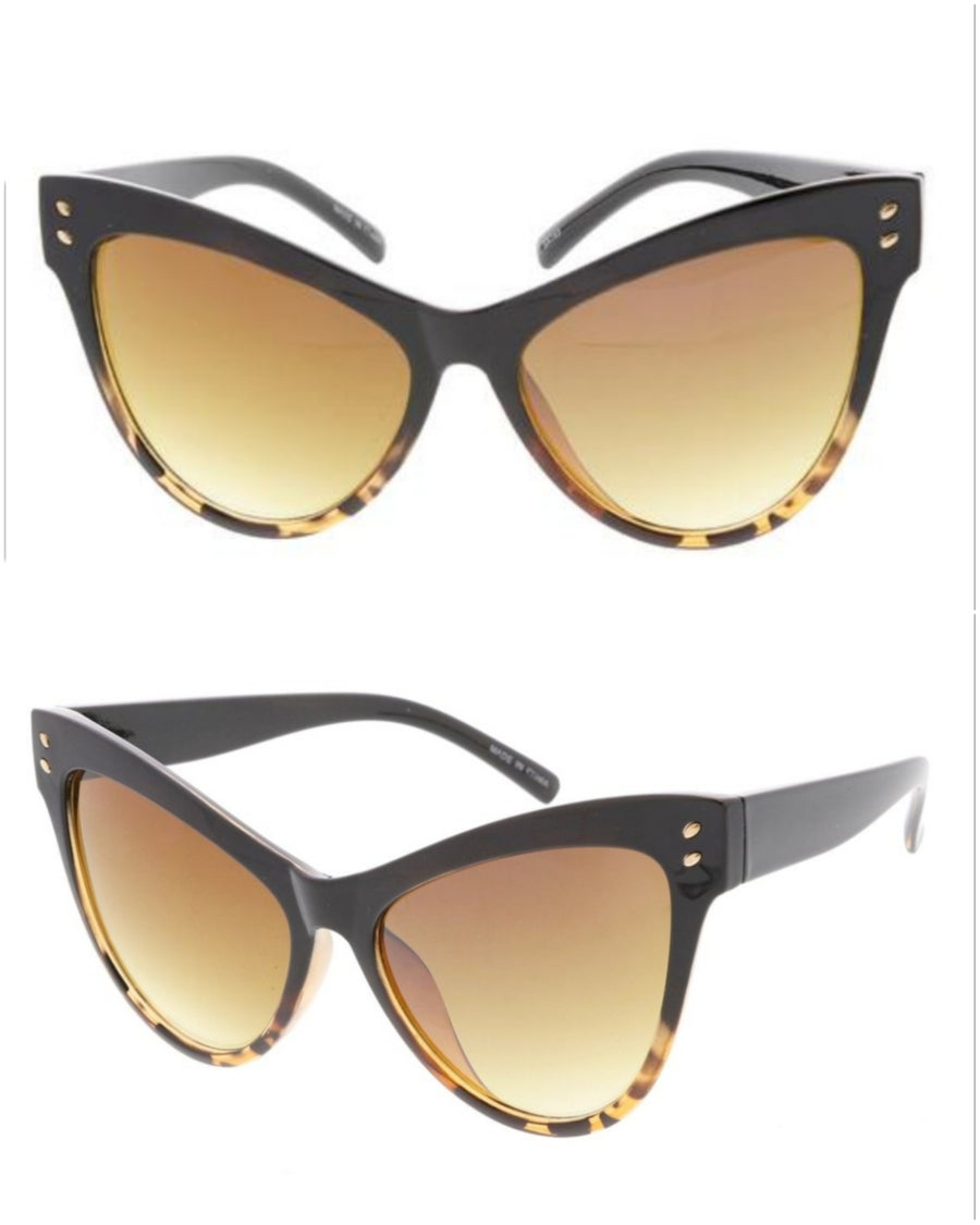 Image of Layla Oversized Cateye Shades