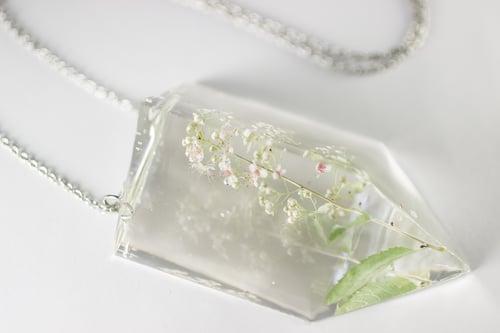 Image of Meadowsweet (Filipendula ulmaria) - Chunky Statement Prism Necklace #1