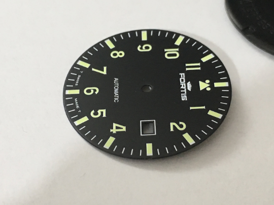 Image of FORTIS FLIEGER GENTS WATCH DIAL.NEW(BLACK,WITH DATE)(D-14)