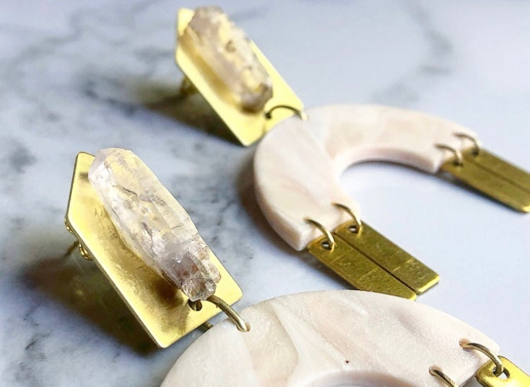 Image of rose marbled clay + brass + opalized amethyst points