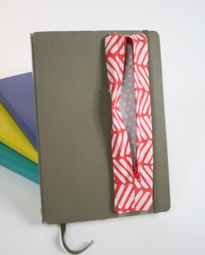 Image of Zippy Pen Pouches | Printed Linen/Cotton Blend