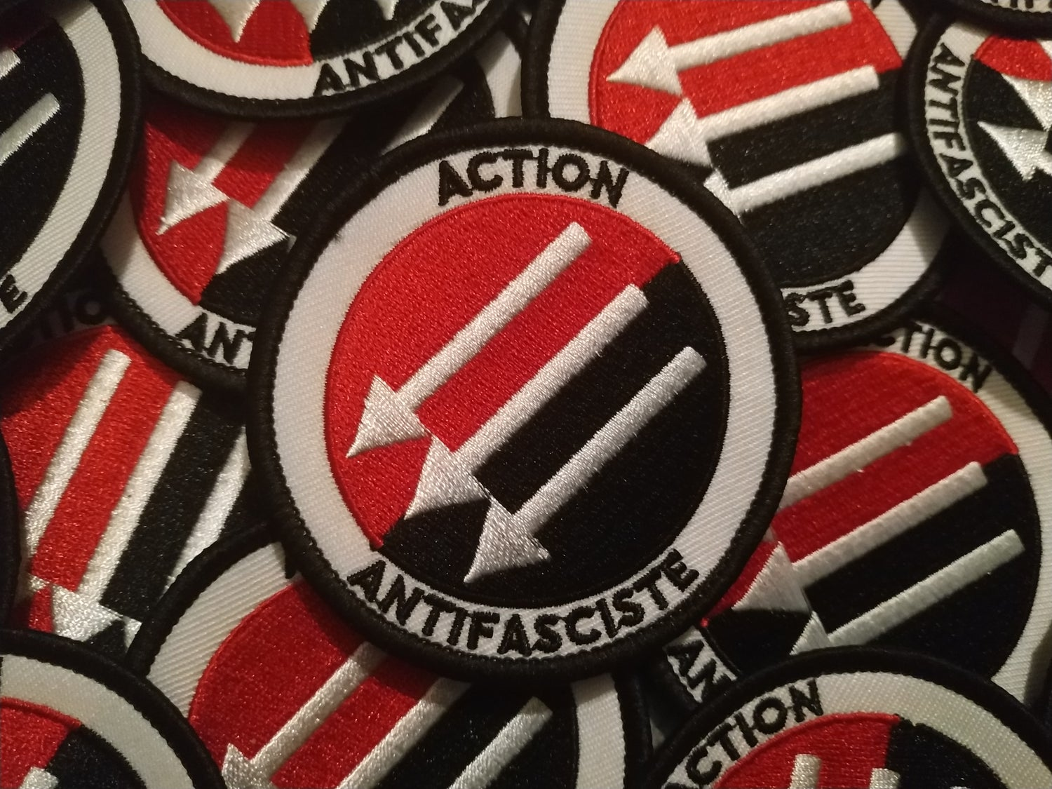 """Image of PATCH """"ACTION ANTIFASCISTE"""""""