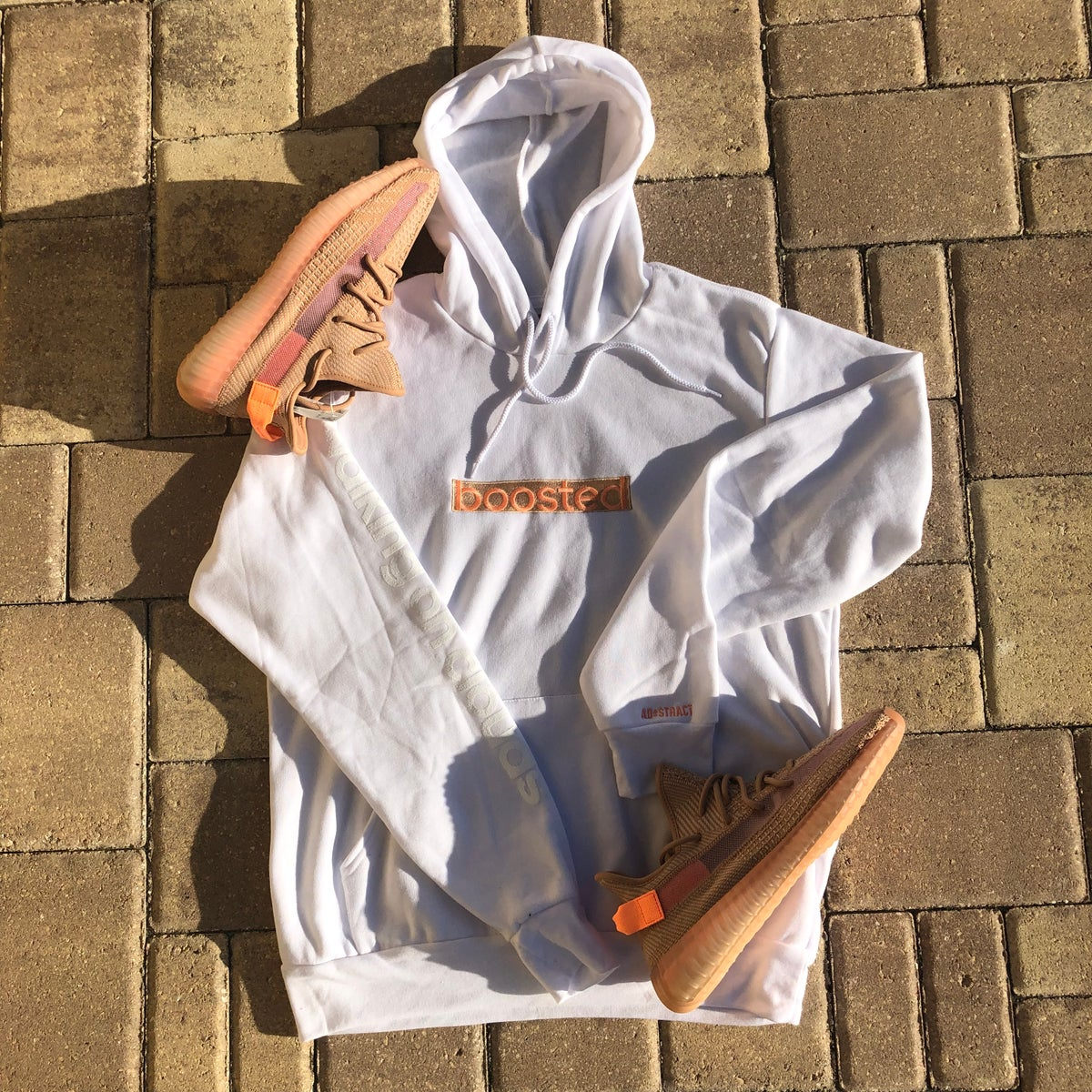 "Image of BOOSTED LONG ""CLAY"" EMBROIDERY HOODY"
