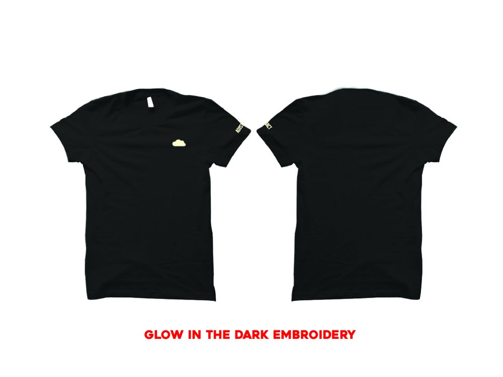 "CLOUD EMBROIDERY ""GLOW"" T-SHIRT"