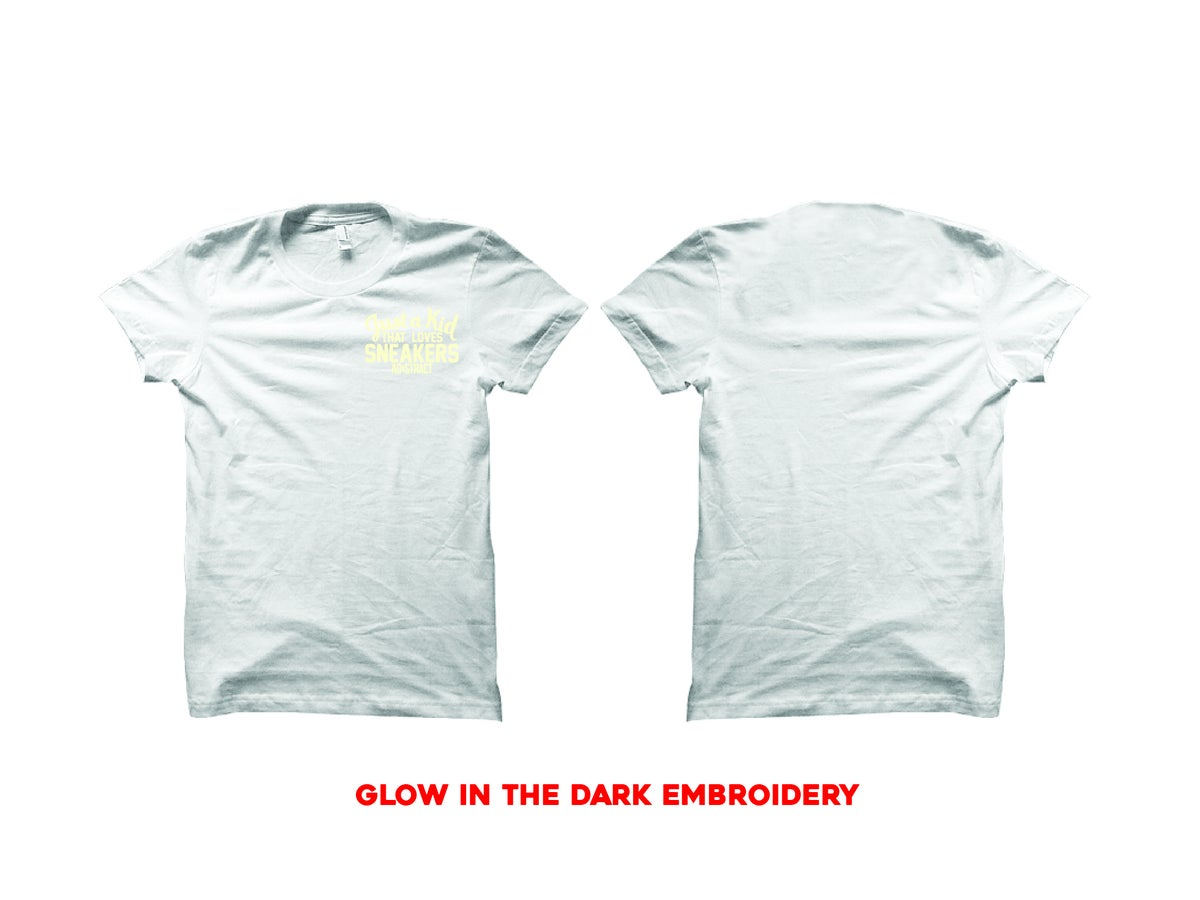 "Image of JUST A KID THAT LOVES SNEAKERS EMBROIDERY ""GLOW"" T-SHIRT"