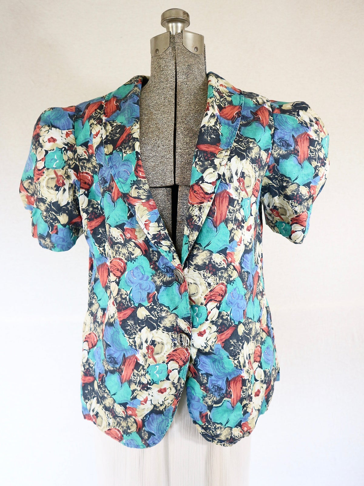 Image of Floral Puff Sleeve Blazer Blouse — M