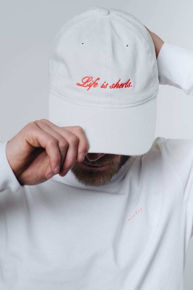 Image of CAP 'LIFE IS SHORTS' WHITE