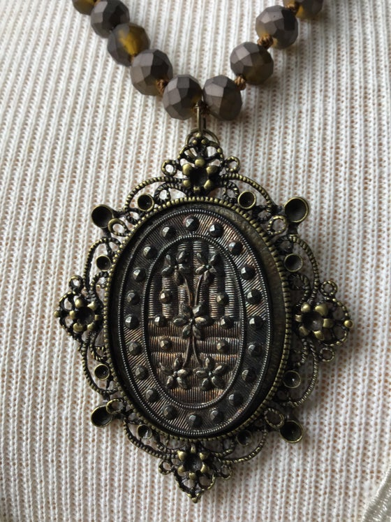 Image of Antique Glass pendant Necklace