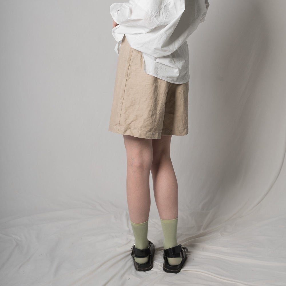 Image of LINEN SHORTS