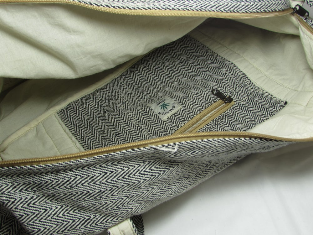 Onyx Hemp Duffel Bag | 100% Vegan | Eco Friendly | Handmade | Weekend Holdall | Himalayan Hemp