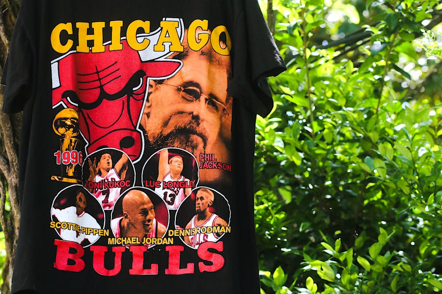 "Image of  Rare 1996 Vintage Bay Club ""CHICAGO BULLS 1996 NBA Champions"" Single-Stitched Rap Tee"