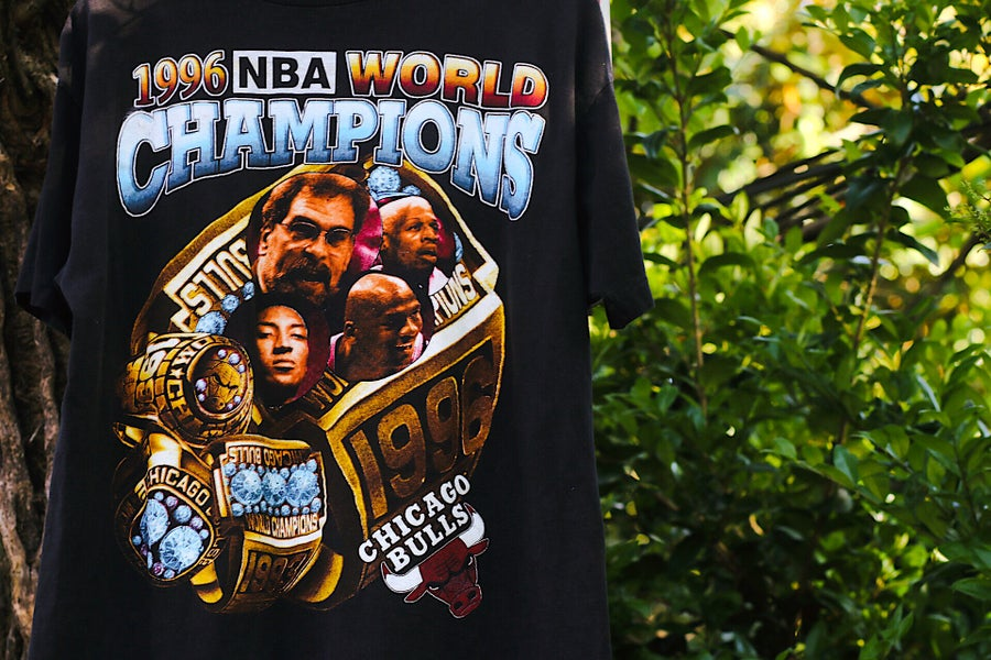 "Image of Rare 1996 Vintage Bay Club ""CHICAGO BULLS 1996 NBA Champions"" Single-Stitched Rap Tee"