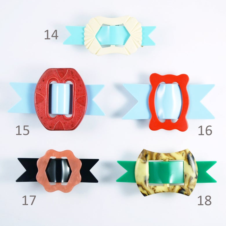 Image of Buckle Brooches 14 to 18