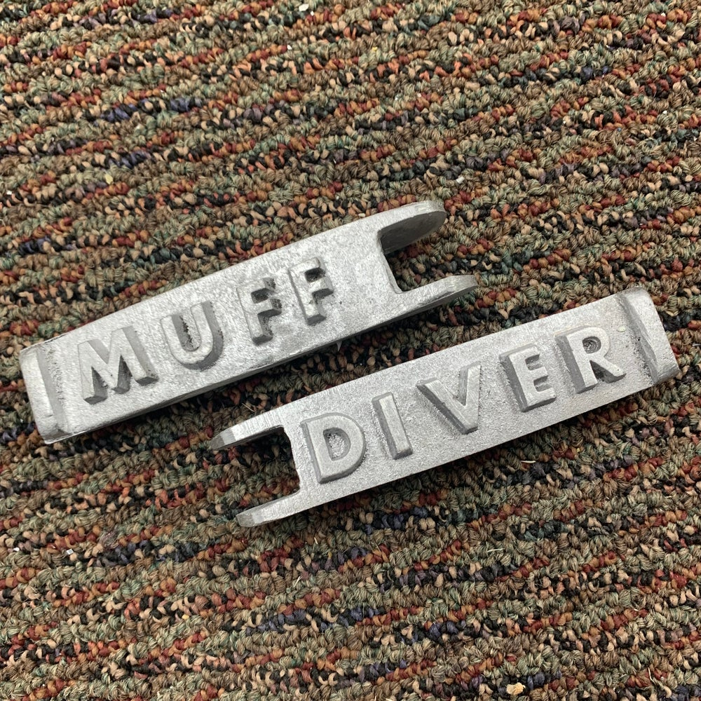 Image of Muff Diver pegs!