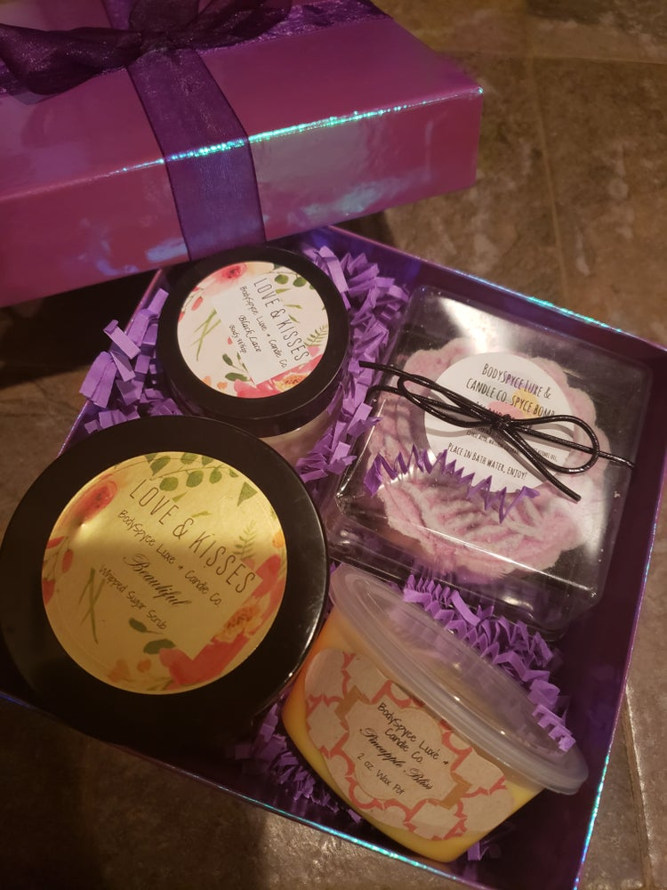 Image of Mama's Day Pamper Box