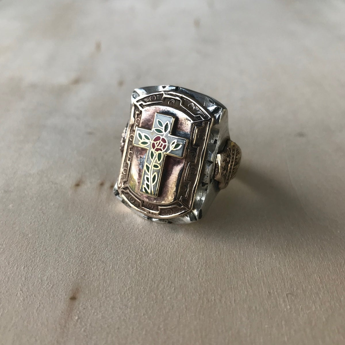 Image of ROSE CROSS RING