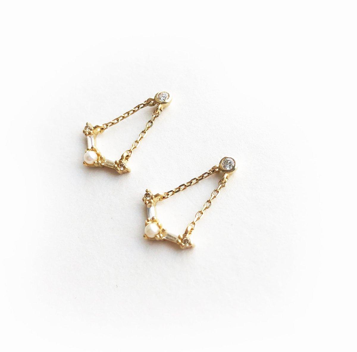 Image of Deco Chandelier Earring