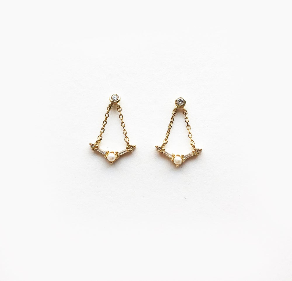 Image of Deco Chandelier Earring
