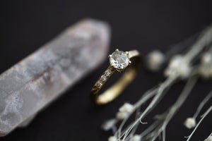 Image of 18ct gold 5.4mm rose cut diamond ring (IOW104)