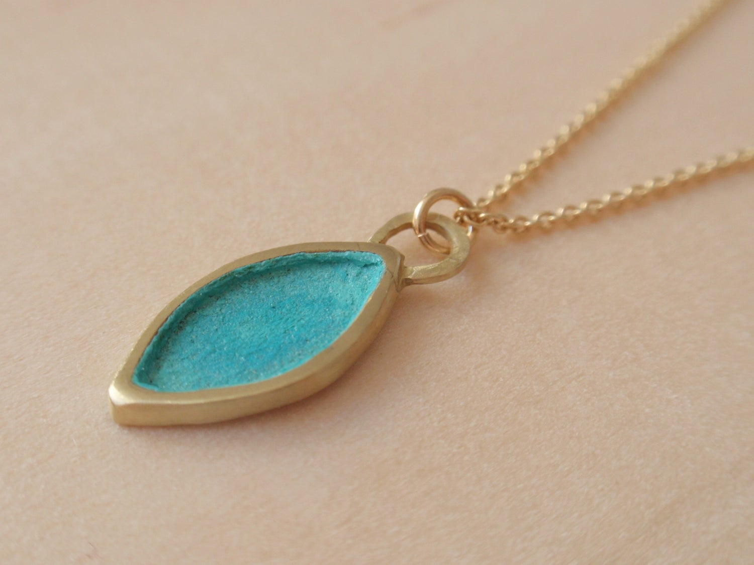 Image of Blue Green Ogival Necklace