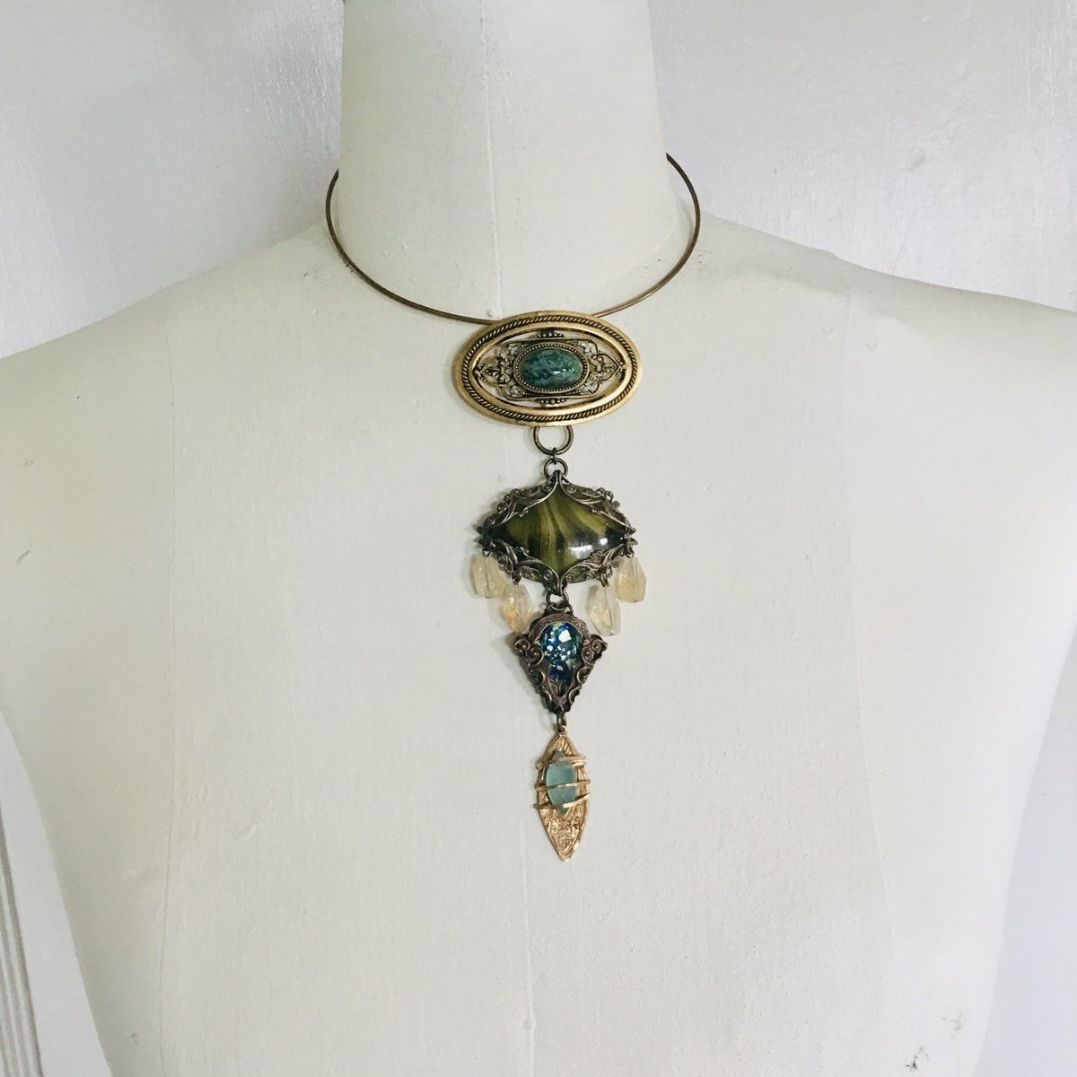 Image of Etruscan Buckle Bib