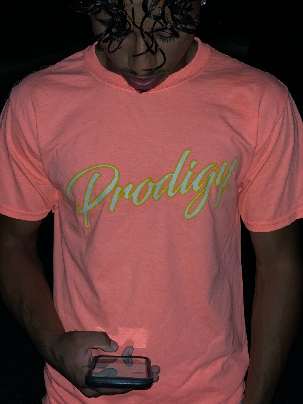 NEW PRODIGY SCRIPT RETRO CORAL T SHIRT WITH KHAKI & YELLOW INK