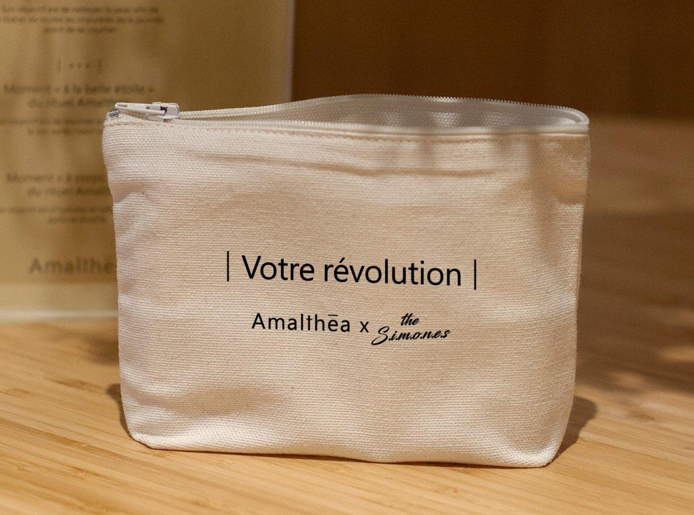 Image of TROUSSE VOTRE REVOLUTION - AMALTHEA X THE SIMONES