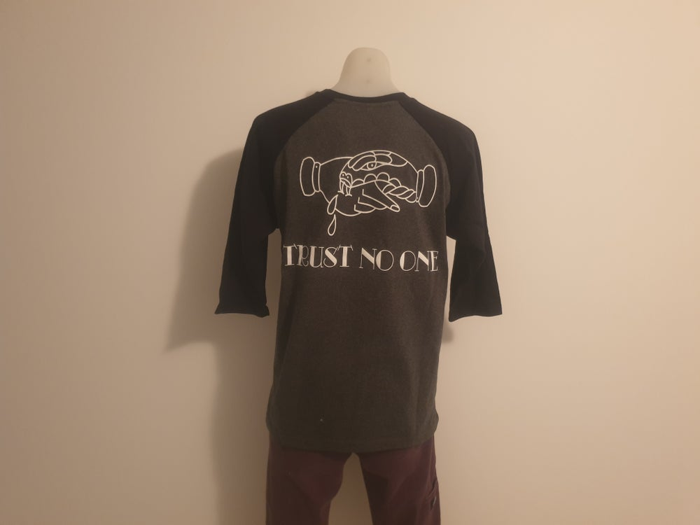 Image of Trust No-One Raglan (CHR/BLK)