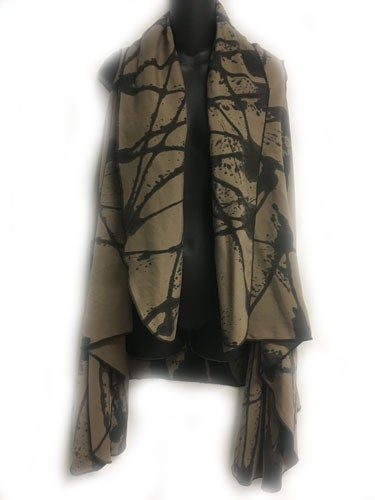 Image of Drama Vest - khaki Tencel - hand painted