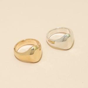 Image of SARTORIAL Signet Ring