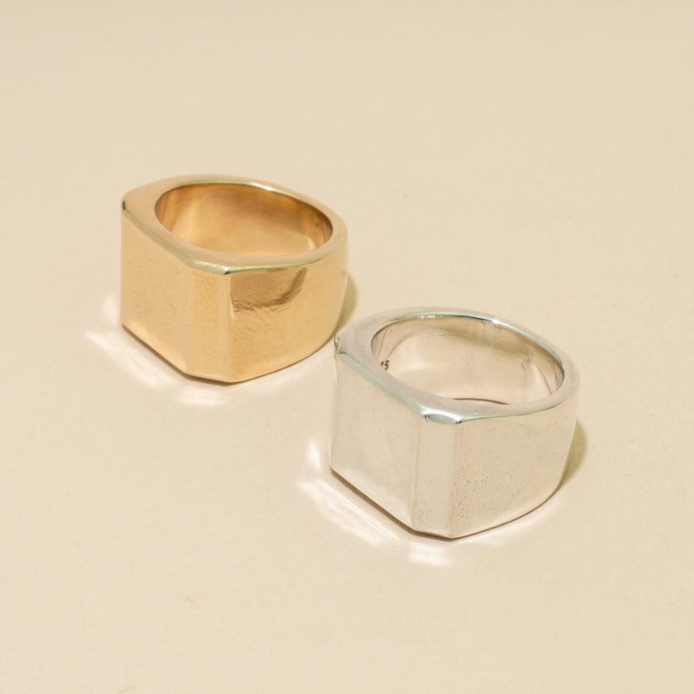Image of PUNDIT Signet Ring