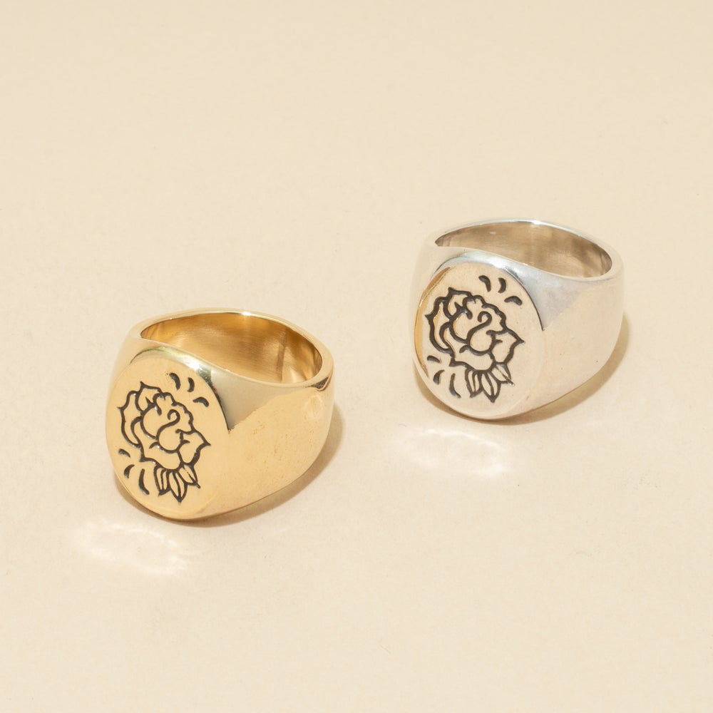 Image of ROSE MAVEN Signet Ring