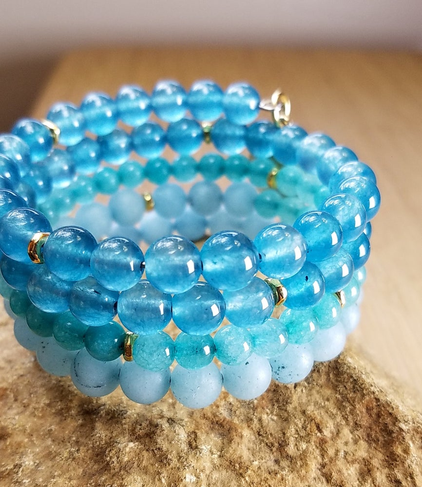 Image of Gradient Waves Wrap Bracelet