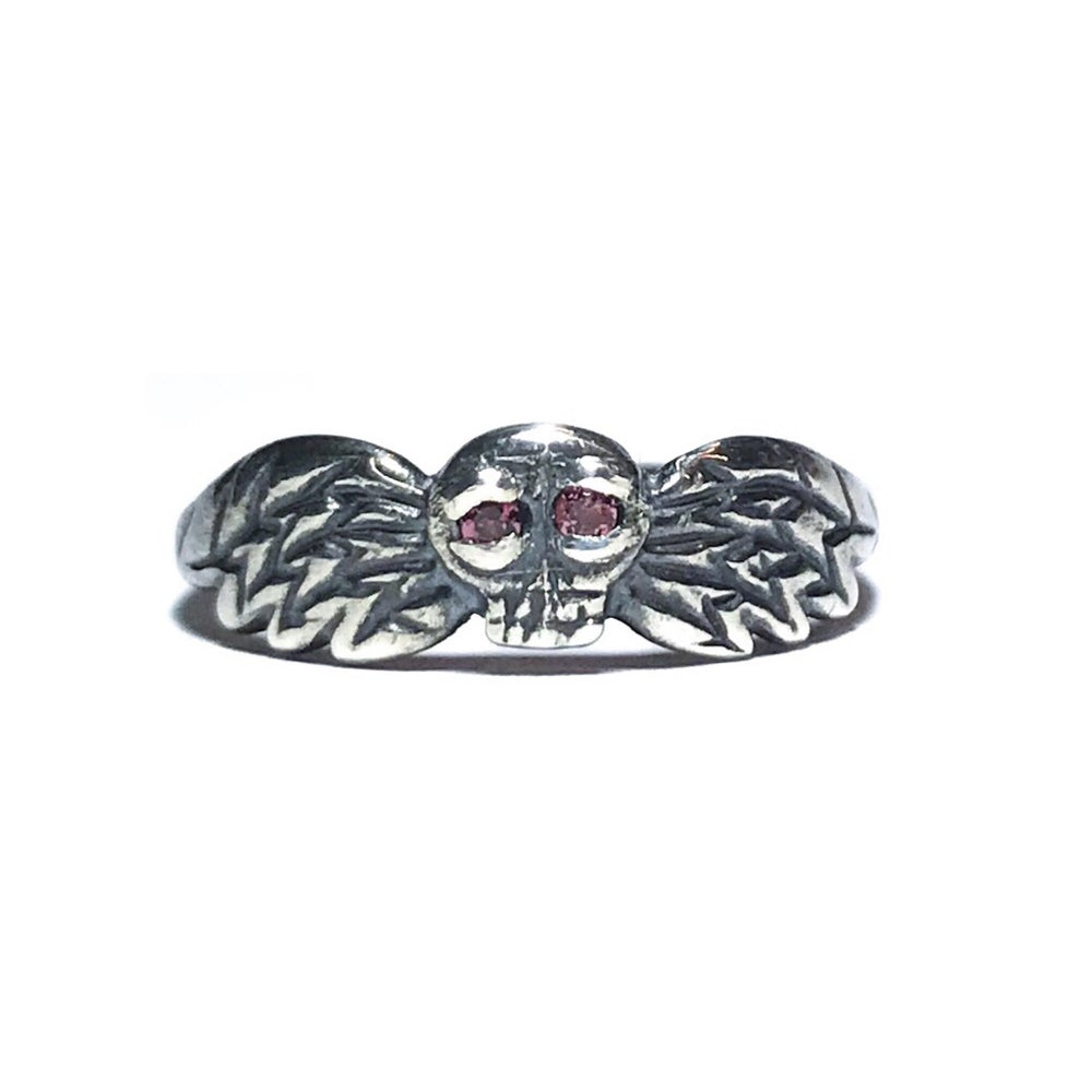 Image of Oculi Mortis ring in sterling silver