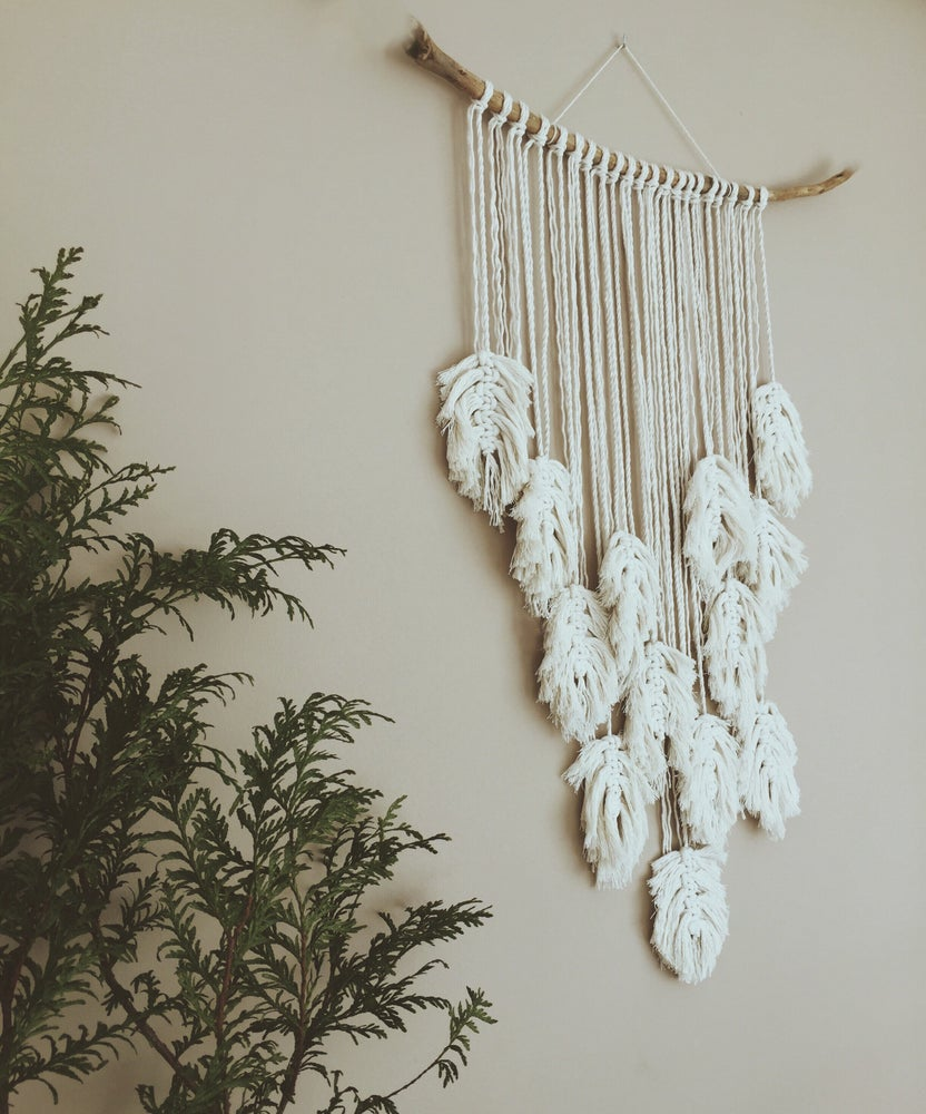 Image of ´Feather´ wall hanging