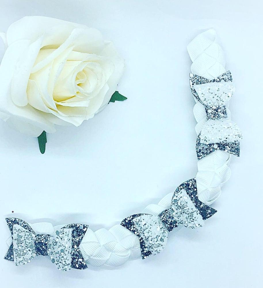Image of Glitter bow Bun wrap