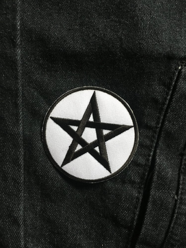 Image of Black on White Pentagram [Patch]